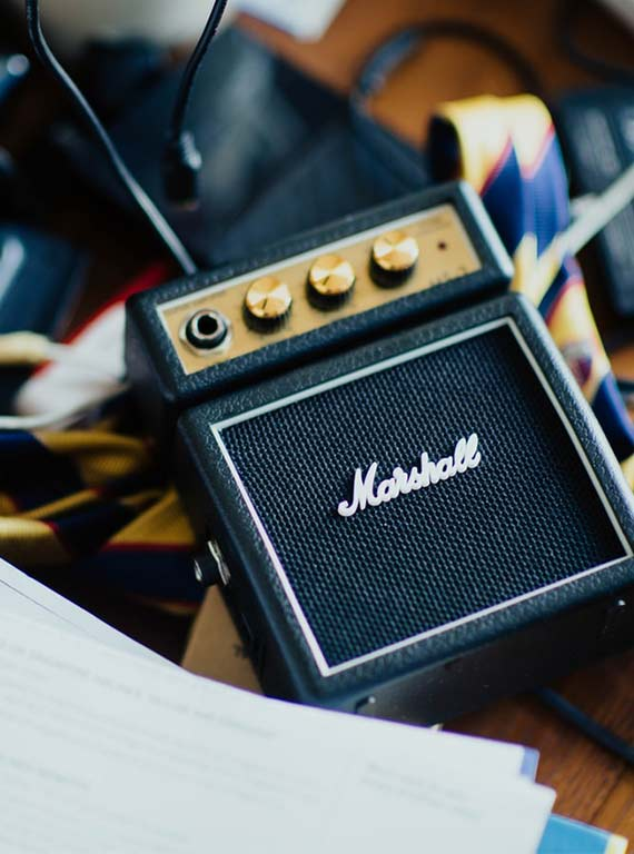 10 Best Amplifiers Under £50 That Make Great Gifts