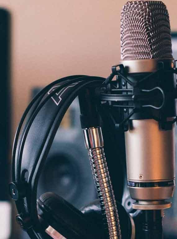 9 Best Home Recording Bundles That Don't Suck