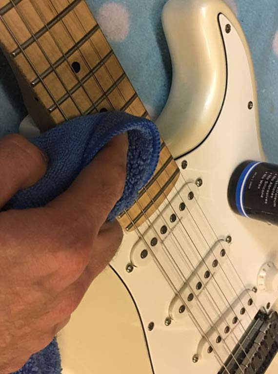 how to clean a guitar and clean guitar fretboard