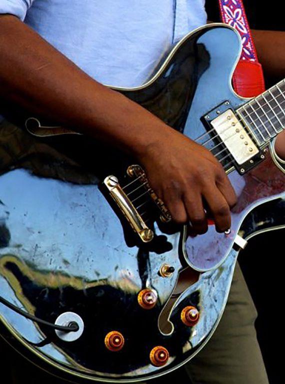 7 Best Blues Guitars