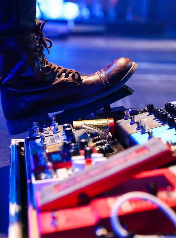 best-cheap-guitar-pedals-under-100