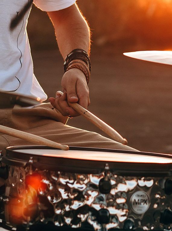 best-gifts-for-drummers