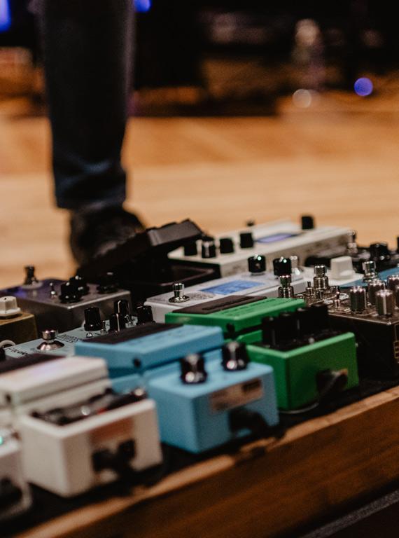 worship guitar pedals - worship pedalboard