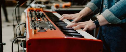 best piano for worship