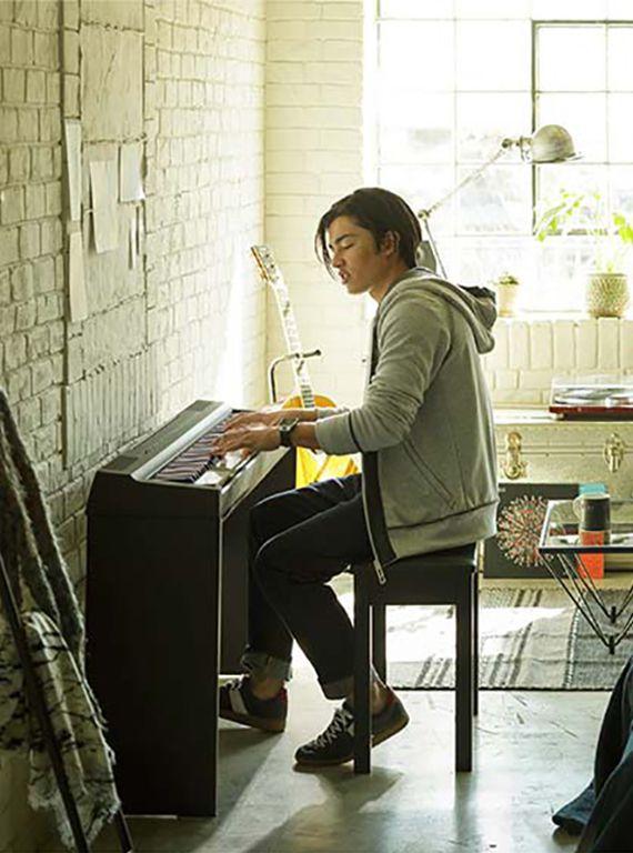 Digital Piano Showdown Roland Fp 30 Vs Yamaha P 125
