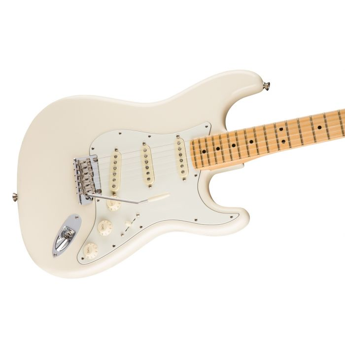 Fender American Professional Stratocaster MN, Olympic White Angle