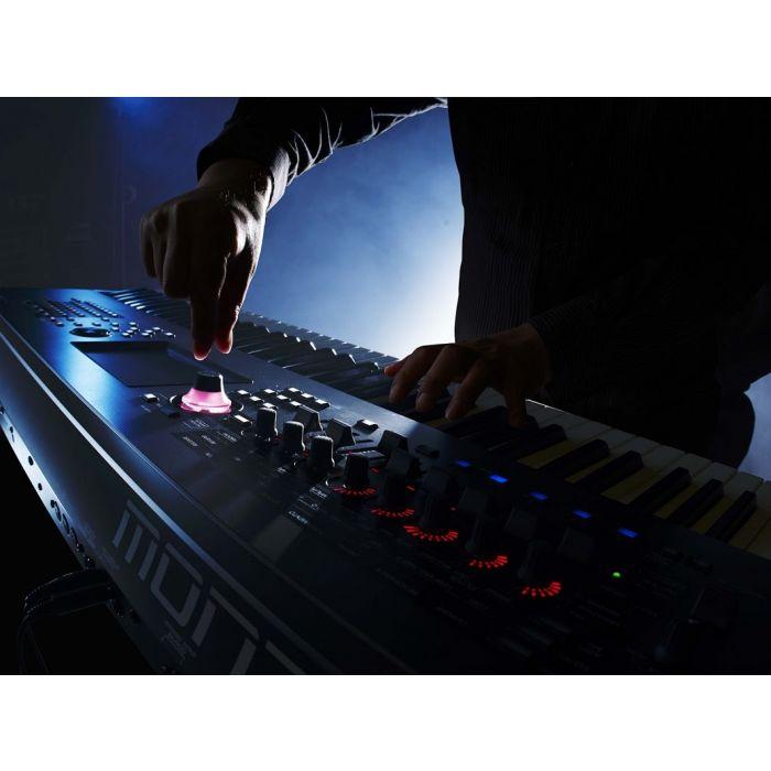 Yamaha Montage 6 Synthesizer 61 Key Live Close