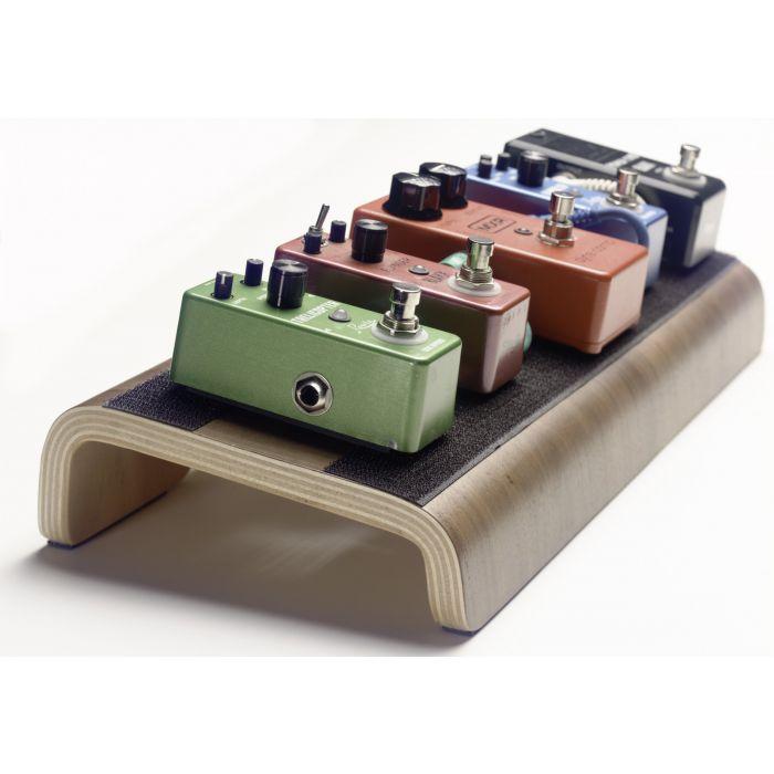 Blaxx Wooden Pedal Board Mini Angle