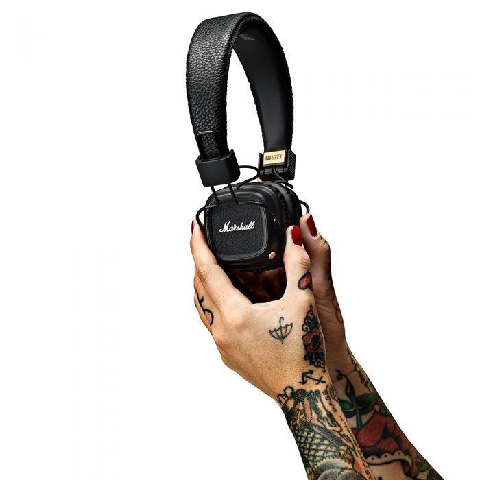 Marshall Major II Bluetooth Wireless Headphones Held