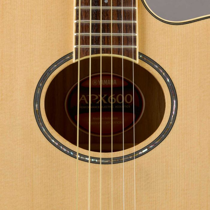 Yamaha APX 600 Electro-Acoustic Guitar Natural Body Detail
