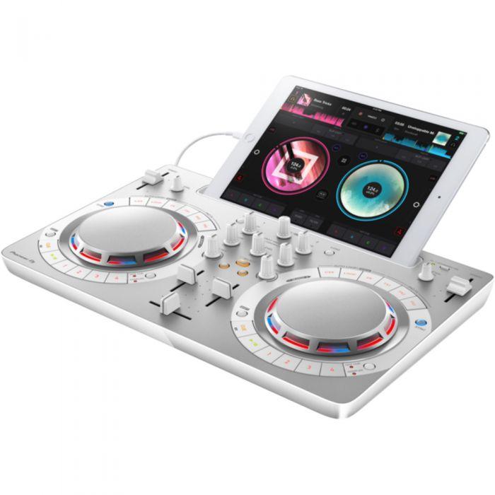 Pioneer DDJ-WeGO4 Portable DJ Controller White Angle with Ipad