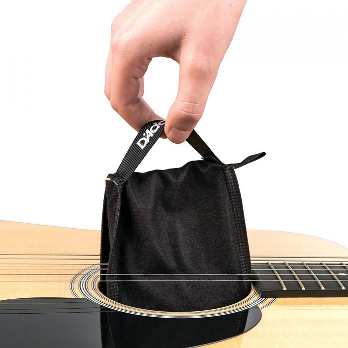 Easy To Install Guitar Humidifier