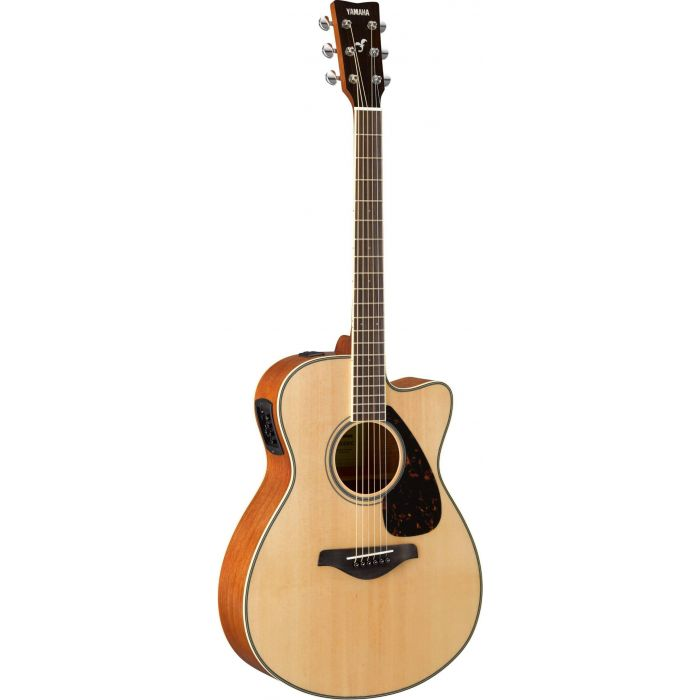 Full front view of a Yamaha FSX820C Acoustic in Natural