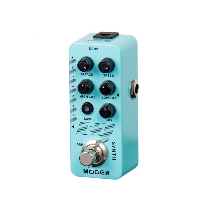 Right Side View of Mooer E7 Pedal Standing