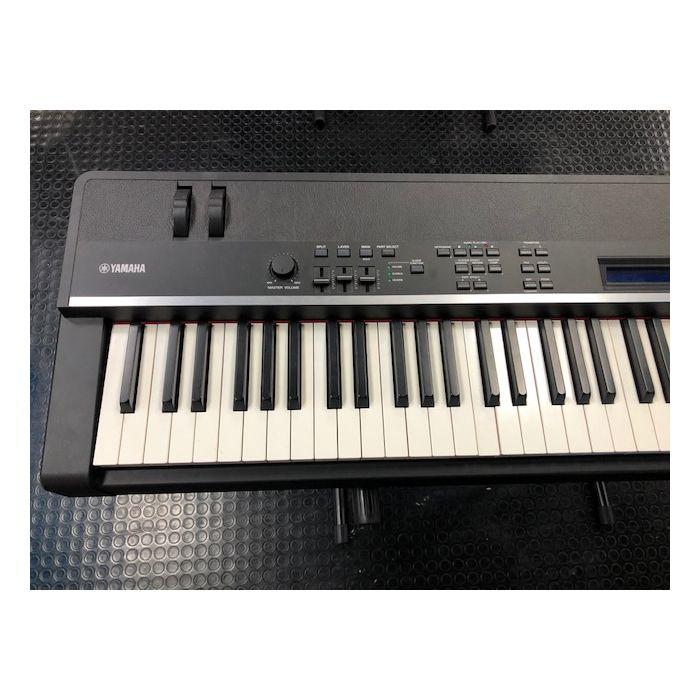 left hand octaves of yamaha piano