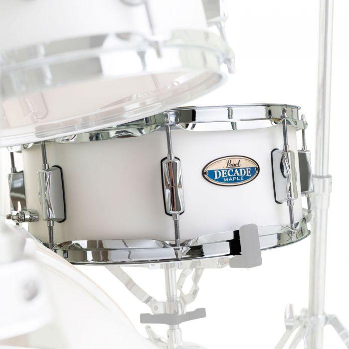 Pearl Decade Maple Snare Drum White Satin Pearl 14 x 5.5