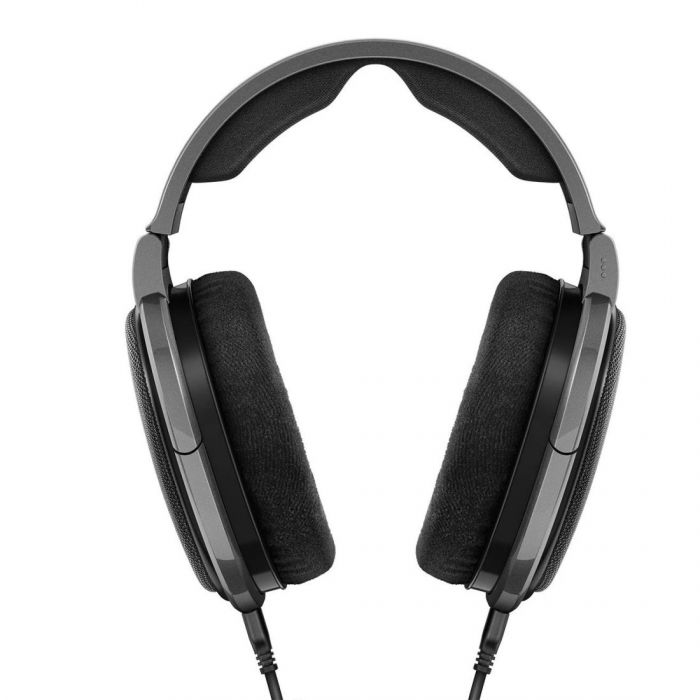 Full front view of a Sennheiser HD 650 Headphones set
