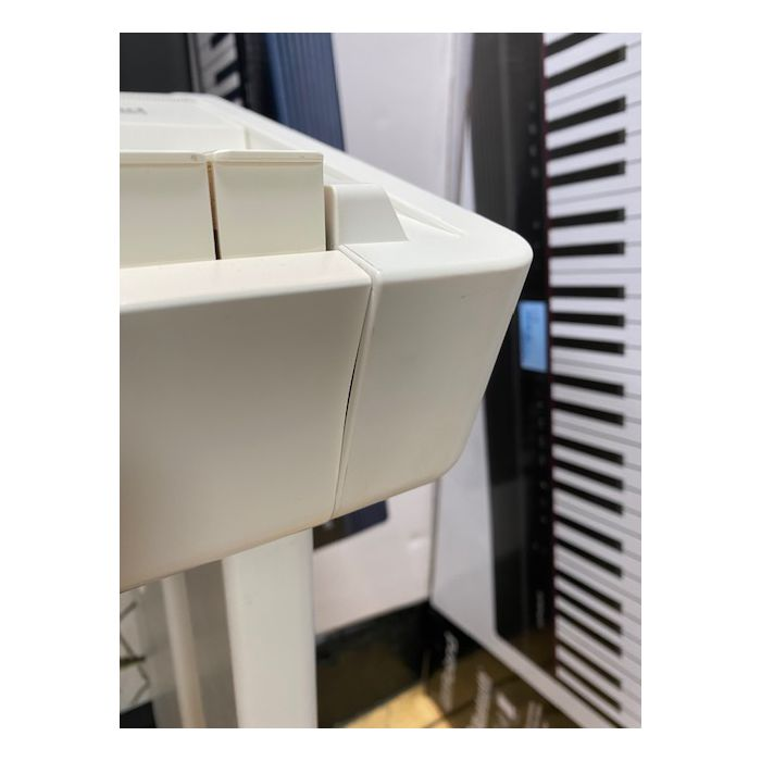 B-Stock Roland FP90 Digital Piano in White Side Mark Detail