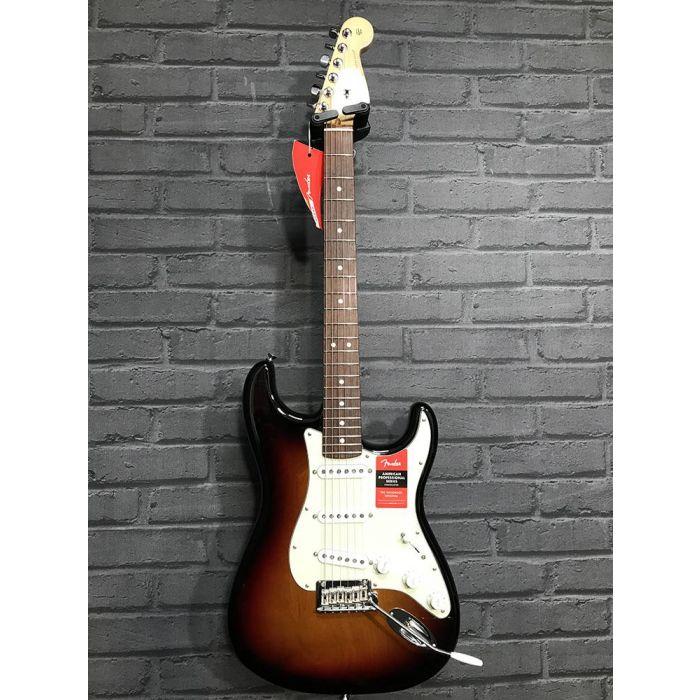 B-Stock Fender American Pro Stratocaster RW 3-Colour Sunburst Full Front
