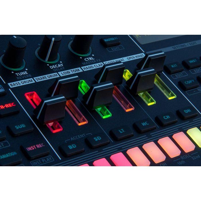 Roland TR-6S Rhythm Performer Lit U p