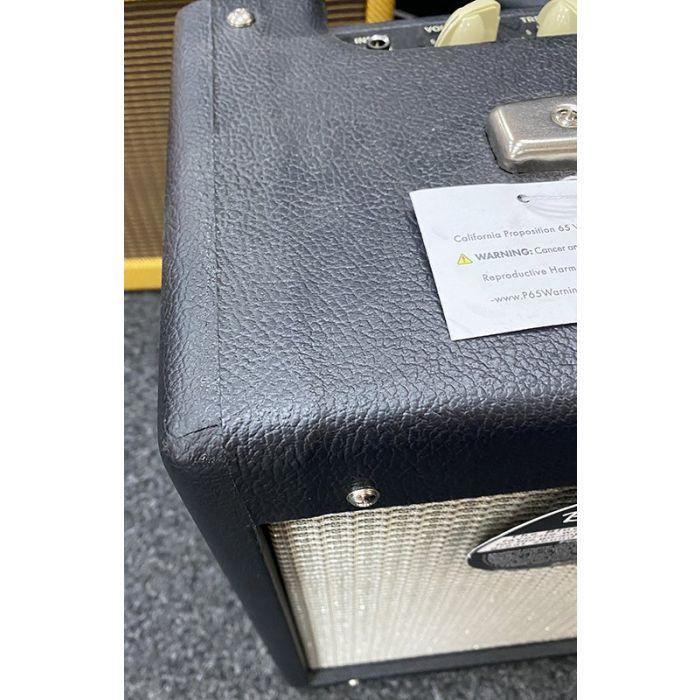 B Stock Fender Blues Junior IV Combo Scuffs