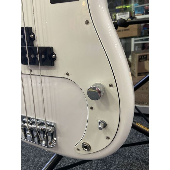 Detailed view of the missing tone knob on a B Stock Fender Player Precision Bass MN, Polar White