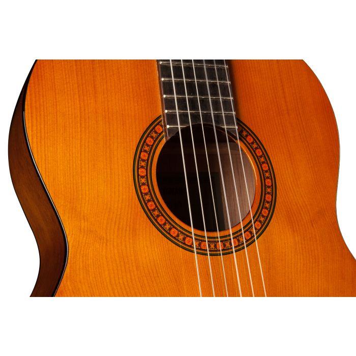 Detailed Shot of Yamaha CS40 Mk II Three-Quarter Size Classical Guitar Body