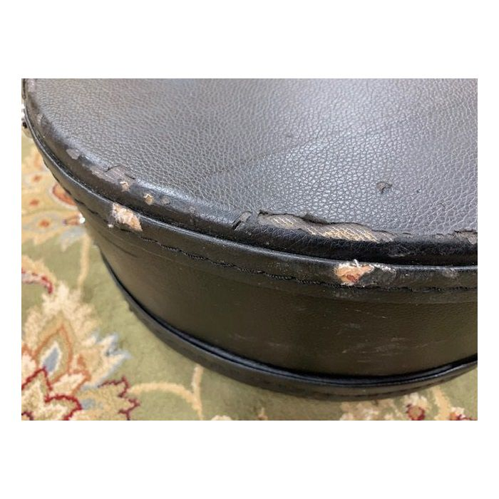 Damage on Pre-Loved Babicz Acoustic Guitar Case