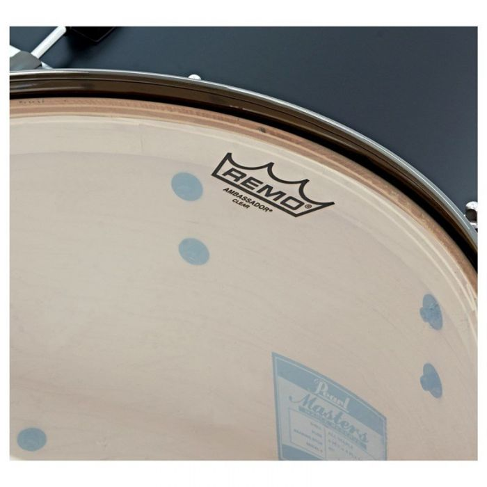 Pearl Masters Maple Reserve 4-Piece Shell Pack in Solid Matte Black Drum Head