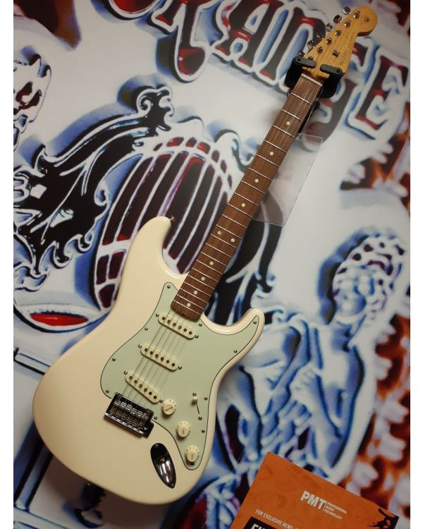 B-Stock Fender Vintera '60s Stratocaster Modified Olympic White