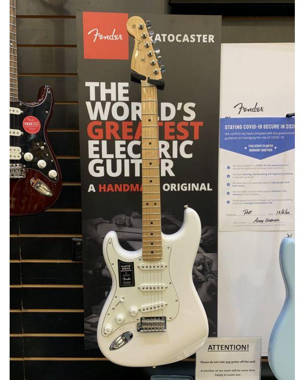 B-Stock Fender Player Stratocaster Left Handed Polar White