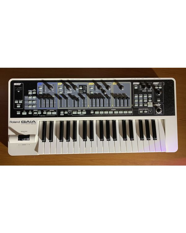 B Stock Roland SH-01 Gaia Synthesizer