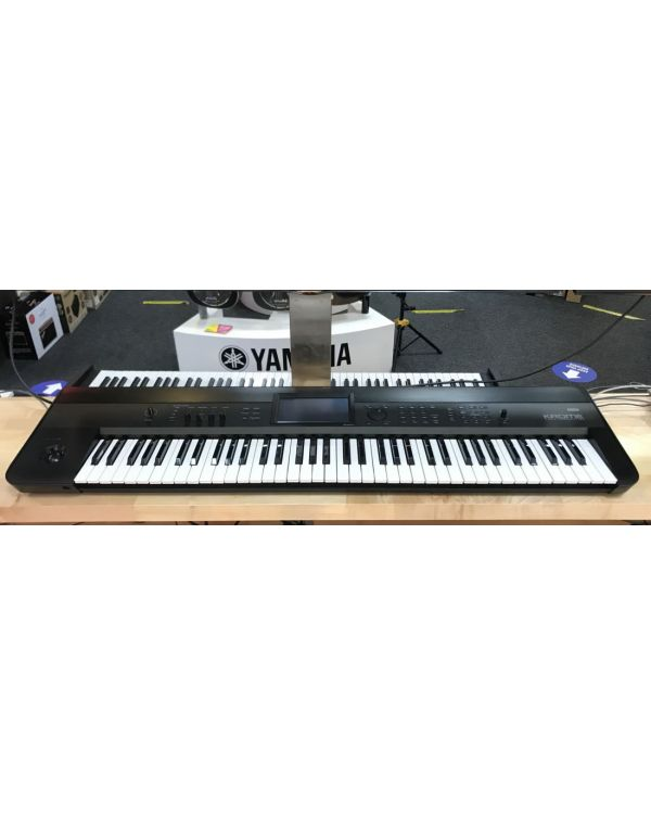 B-Stock Korg Krome 73 Synthesizer Workstation
