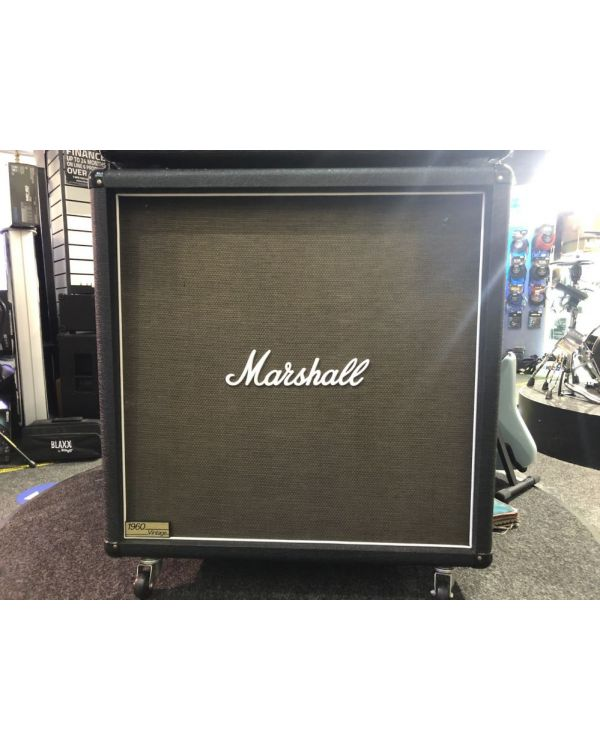 B Stock Marshall 1960BV Straight Guitar Speaker Cabinet