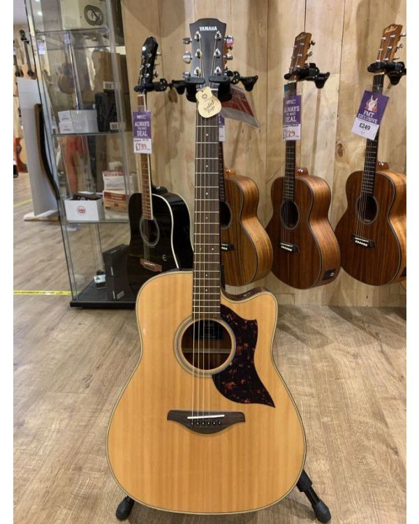 B-Stock Yamaha A1M Electro Acoustic, Natural