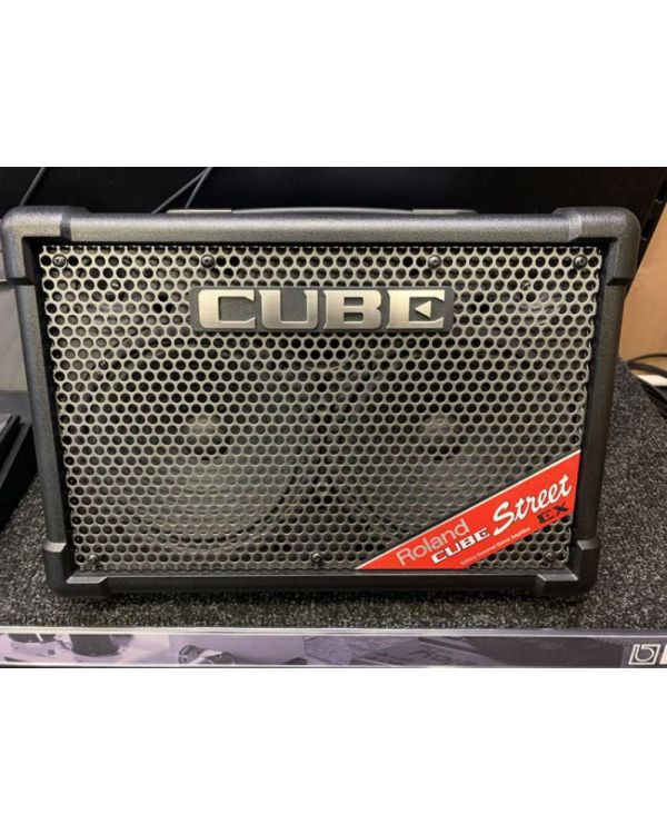 B-Stock Roland Cube-Street EX Battery-Powered Stereo Amplifier