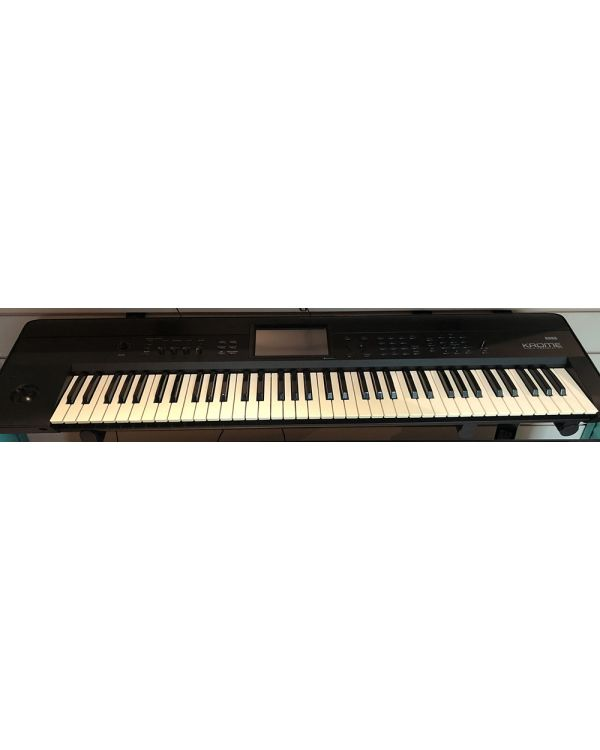 Pre-Loved Korg Krome 73 Key Workstation Keyboard