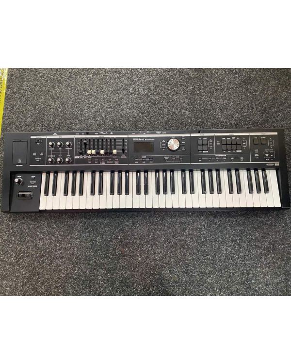 B-Stock Roland V-Combo VR-09-B Live Performance Keyboard